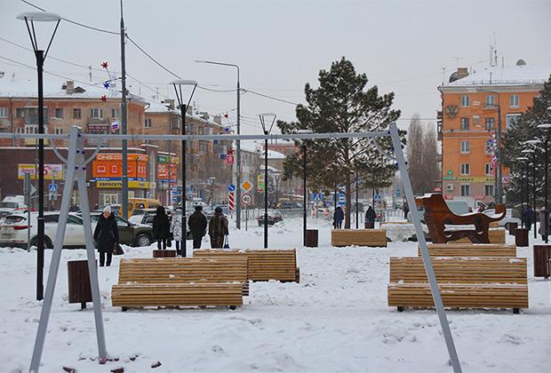 Центральная улица в Новотроицке, благоустроенная в рамках программы «5 шагов благоустройства»