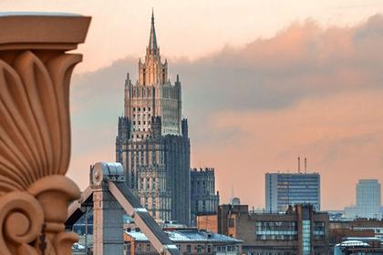 Москва обвинила Киев в убийстве главы ДНР и кровавой бойне