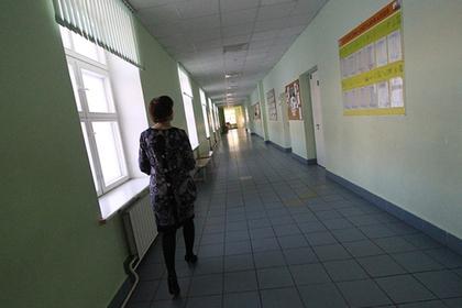 Российские учителя пожаловались на зарплаты