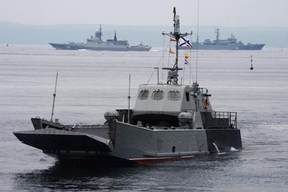 Япония выразила протестРФ из-за мероприятий вчесть окончания войны наКурилах