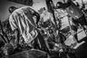 Примерно два десятилетия назад в Буркина-Фасо появились группы вооруженной самообороны, созданные в основном для борьбы с грабежами, воровством и вооруженными нападениями. Эти ополченцы, известные на языке моси как «коглвего», стали законом и заняли территорию, где полицейские и военные силы отсутствуют в полностью коррумпированной системе. Традиционная униформа, оружие прошлых веков. Их методы — нетрадиционные методы допроса, хлысты, цепи, мачете, экстремальное наказание.