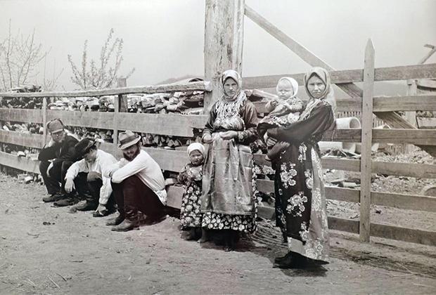 Старообрядцы в селе Романовка в Маньчжурии. 1930-е годы