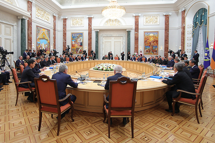 РБК проинформировал о подготовке Советом безопасности РФ плана защиты отсанкций