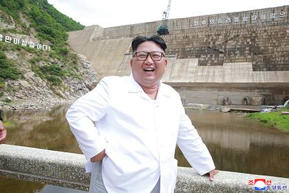 К Ким Чен Ыну приехал посланник из Южной Кореи