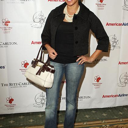 Ноябрь 2006 года. Меган Маркл во время кулинарного состязания «Лучшие шеф-повара Лос-Анджелеса», организованного с целью сбора средств для Национального почечного фонда США.