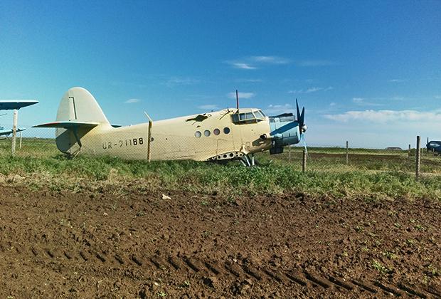 Забытая сельскохозяйственная авиация, пережитки советских времен.