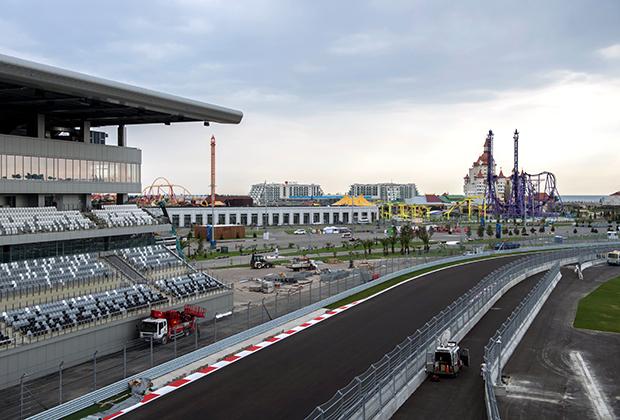 Летом 2014 года трасса была полностью готова. После торжественного открытия первыми на нее выехали участники РСКГ — чемпионата и кубка страны по кольцевым гонкам, а уже осенью состоялся этап Формулы-1.