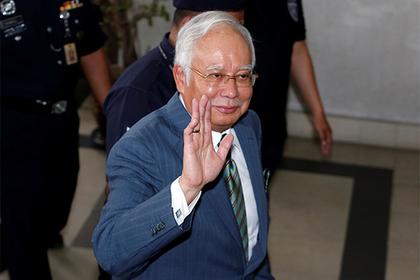 Обвиненный в коррупции политик потребовал вернуть конфискованные миллионы