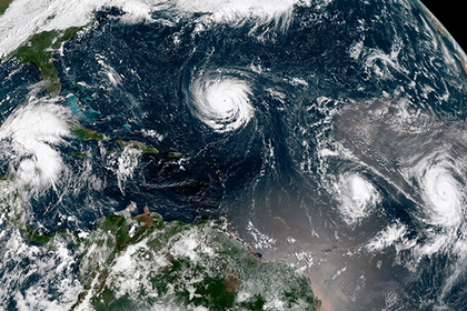 В США развернут дороги ради срочной эвакуации миллиона человек