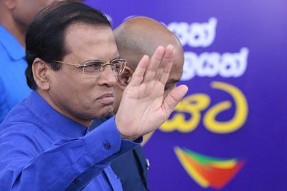Президент Шри-Ланки пожаловался на «собачью еду» в самолете