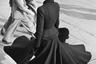 New Look — придуманный Кристианом Диором в 1947 году стиль, отличающийся женственностью и элегантностью. Он стал реакцией на строгий и аскетичный стиль, ставший популярным в 1920-е и ужесточившийся в годы войны. «Мы оставили за собой эпоху войны, форменной одежды, трудовой повинности для женщин с широкими плечами боксера. Я рисовал женщин, напоминающих цветы, нежно-выпуклые плечи, округлую линию груди, лианоподобные стройные талии и широкие, расходящиеся книзу, как чашечки цветка, юбки», — говорил Диор.
