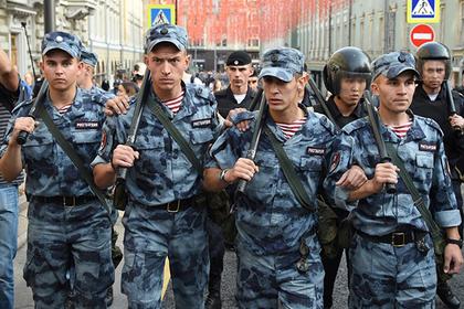 Полицейским разрешат отслеживать россиян по телефону без санкции суда