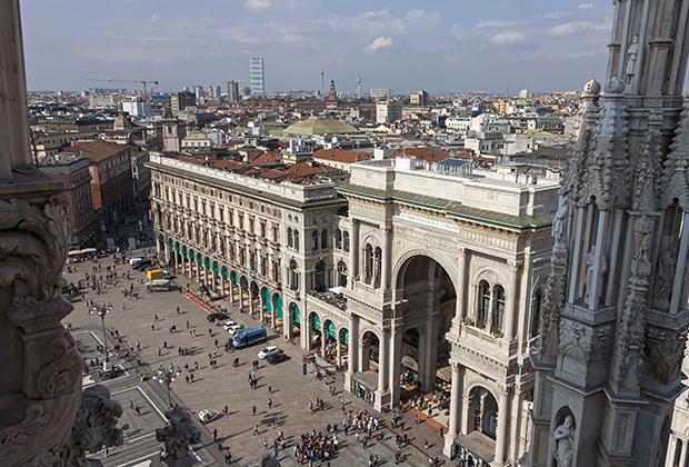 Центр Милана, Италия