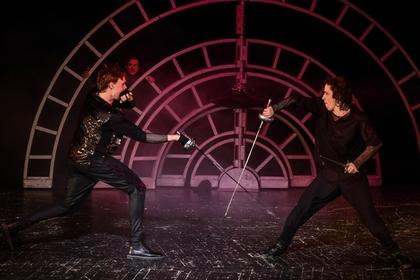Из спектакля «Ромео и Джульетта», московский театр «У Никитских ворот»