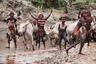 Всего в долине реки Омо на юге Эфиопии живут около 45 тысяч человек из племени хамер. В основном они занимаются скотоводством, поэтому быки имеют особое значение в их жизни. <br><br> Прыжки через быков — это обряд, который члены племени совершают ежегодно после сбора урожая. С помощью него мальчики доказывают свою готовность перейти во взрослую жизнь: завести жену, детей и хозяйство.