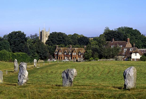 Камни Эйвбери разного размера: от трехметровых монстров до сравнительно компактных глыб.