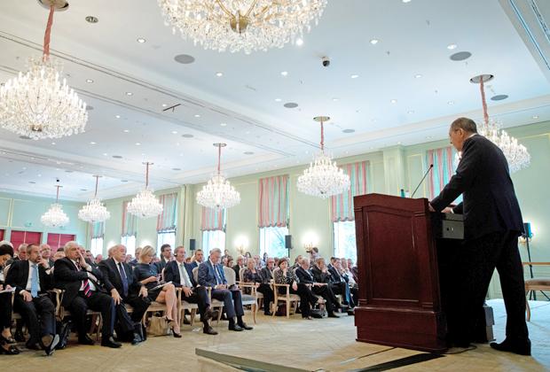 Сергей Лавров на Германо-российском форуме