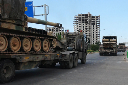 Эрдоган отправил тяжелую технику в Идлиб накануне встречи с Путиным