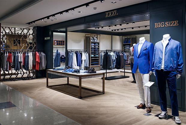 1532c3b38e3 Также в сентябре в корнере «XXXL» в ЦУМе впервые будет представлена  коллекция мужской одежды Billionaire для клиентов с нестандартными фигурами.