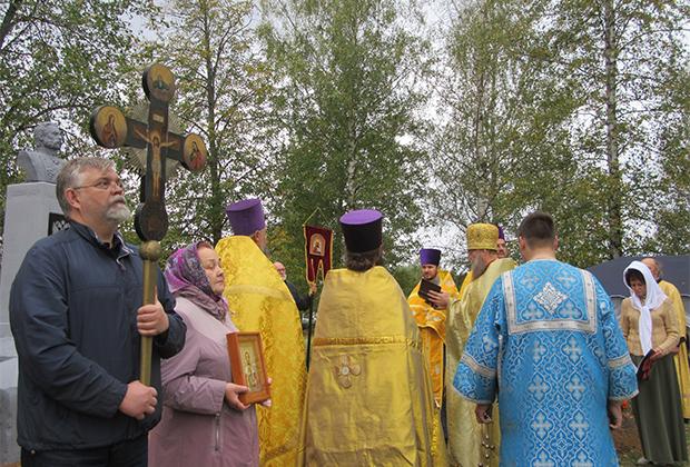 Тверская область, село Берново. Открытие памятника императору Александру II