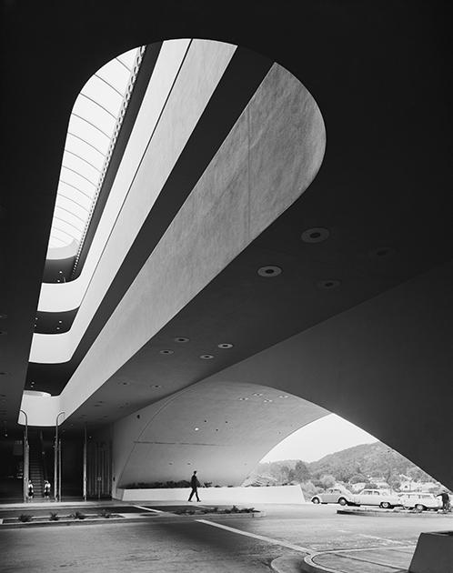 Судебный центр округа Марин, Сан-Рафаэль, США, 1963 год. Проект Фрэнка Ллойда Райта