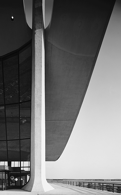 Аэропорт имени Даллеса, Вашингтон, США, 1964 год. Проект Ээро Сааринена