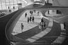 Одно из самых известных изданий, в котором собраны все основные фотоработы гения, — книга «Современная архитектура: Фотографии Эзры Столлера» (Modern Architecture: Photographs by Ezra Stoller). В сети ее можно приобрести по цене от 23 долларов.