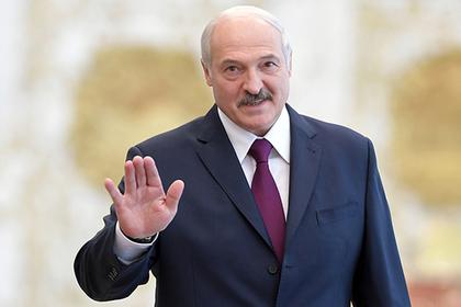 Лукашенко показали белорусские ратраки илыжероллеры