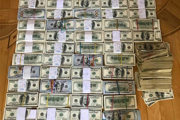 Одному из старейших воров в законе Украины вернули миллион долларов