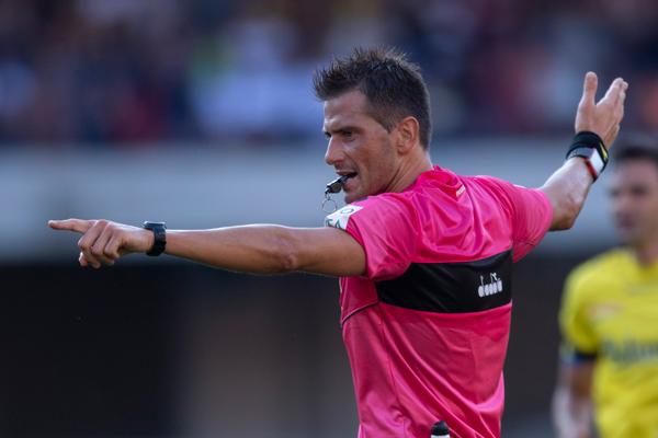 Италию оставили без футбольного чемпионата