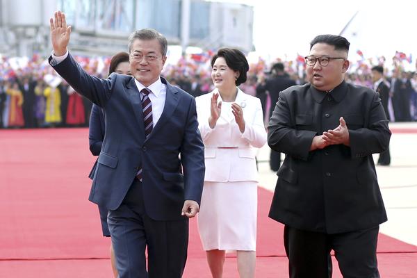 Две Кореи договорились избавиться от ядерного оружия
