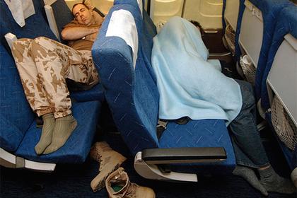 Авиакомпания найдет способ усыпить пассажиров в полете