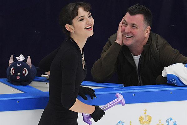 Медведева уличила во лжи канадского тренера