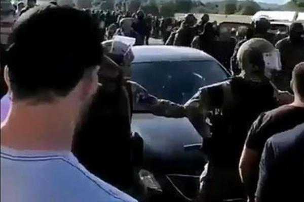 Взбунтовавшиеся селяне травмировали силовиков в Кабардино-Балкарии