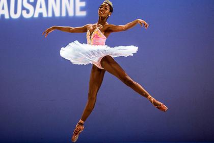 Чернокожая балерина взбунтовалась против светлых колготок