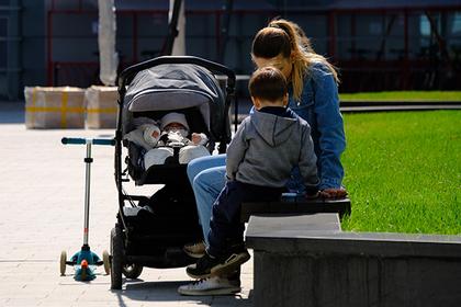 Многодетной матери отказали в жилье из-за преждевременных родов