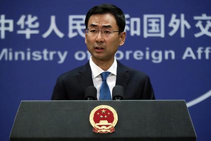 Китай возмутился санкциями США за российское оружие