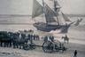 Бригантина «Мария Целеста» — едва ли не самый знаменитый корабль-призрак. Ее нашли в 1872 году в 400 милях от Гибралтара. Судно шло под поднятыми парусами, но на борту никого не было. Команда покинула бригантину на шлюпках при невыясненных обстоятельствах.
