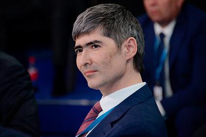 Российский федеральный чиновник уйдет в рокеры