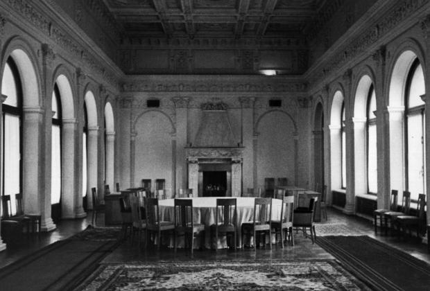Интерьер Ливадийского дворца, в котором проходили переговоры лидеров трех держав-победительниц.