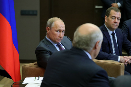 Лукашенко рассказал о тяжелых переговорах наедине с Путиным