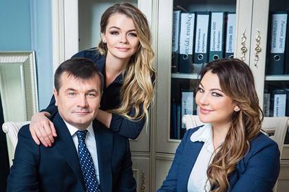 Николай, Екатерина и Ольга Мороз