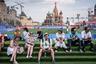 Снимок был сделан 29 июня 2018 года — в первый день отдыха на чемпионате мира по футболу. Команды, успешно прошедшие квалификационные матчи, готовились к новым встречам с соперниками, а фанаты смогли выйти на улицы городов за пределами стадионов. Фотосерия Сергея Пономарева «Особый взгляд», посвященная мундиалю в России, была отмечена в номинации снимков для ежедневных изданий. Французская газета Liberation публиковала по одной фотографии Пономарева каждый день.