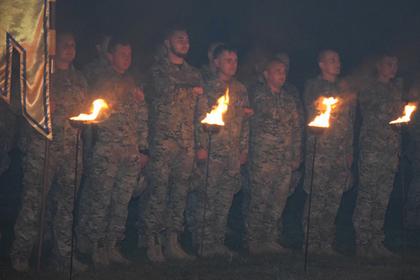 Украинские неонацисты помянули павших товарищей языческим ритуалом