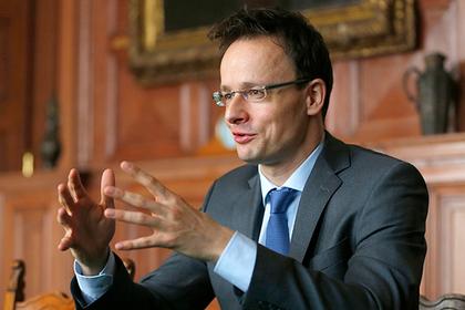 Венгрия пообещала выслать украинского консула