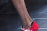 Еще одна «самоцитата» Миуччи Прады: туфли на танкетке, маскирующиеся под обувь профессиональных автогонщиков.