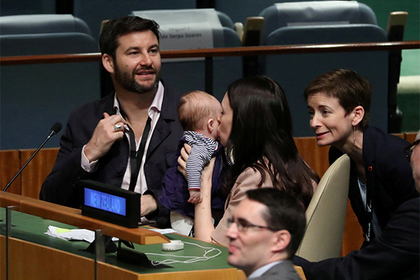 На заседании в Генассамблее ООН впервые побывал младенец