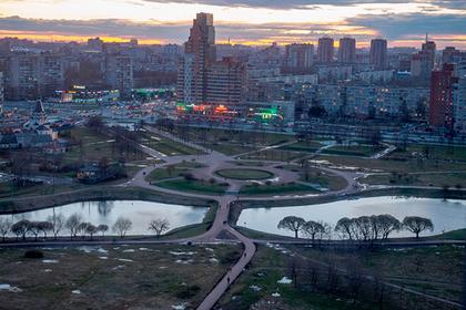 В районе Петербурга с плохой репутацией решили проложить велодорожки и не смогли