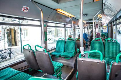Пассажир автобуса шлепнул девушку и попал в тюрьму