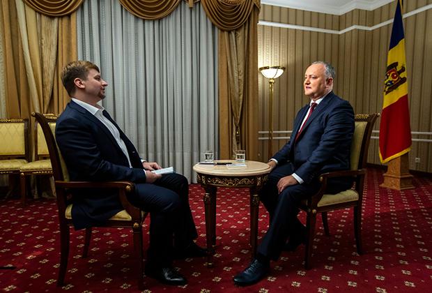 Игорь Додон дает интервью «Ленте.ру»